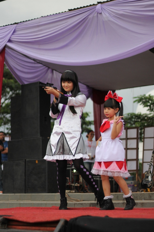 Stage Perform