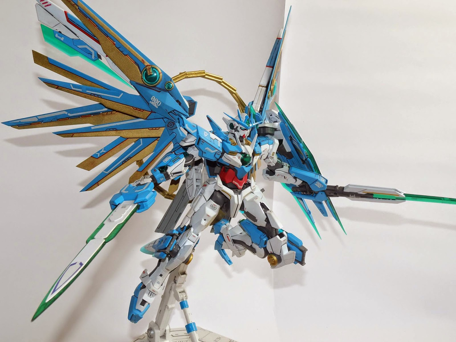 AGS Custom Build - MG 1/100 Divine Quanta Gundam