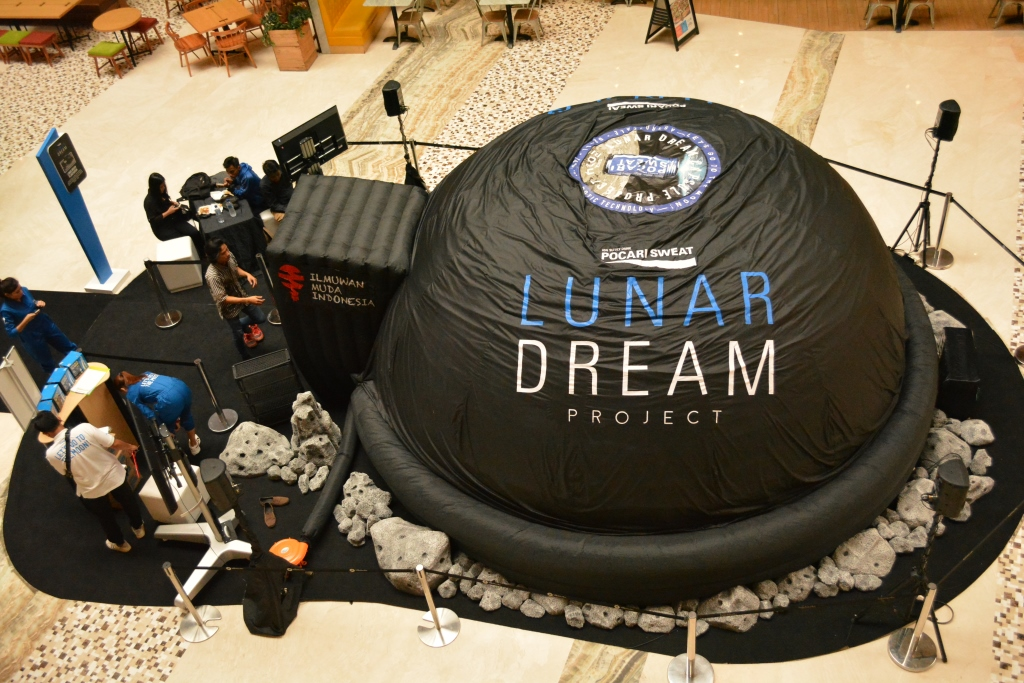 Lunar Dream Project Planetarium