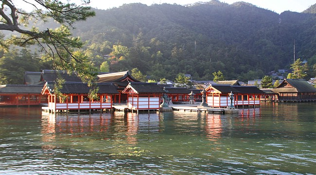 itsukushima-shrine_2