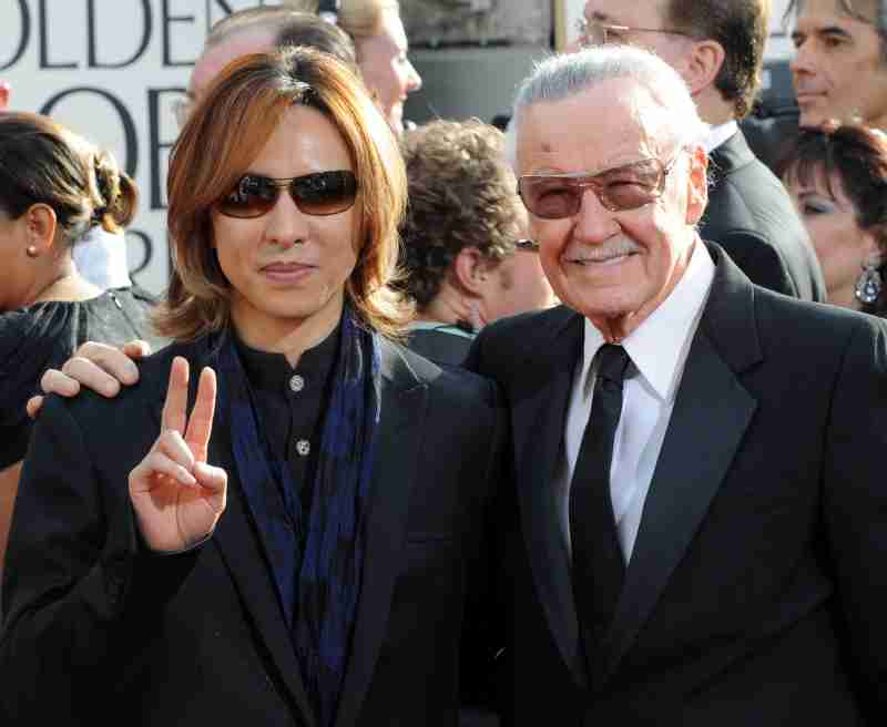 Yoshiki & Stan Lee @ Golden Globe Award