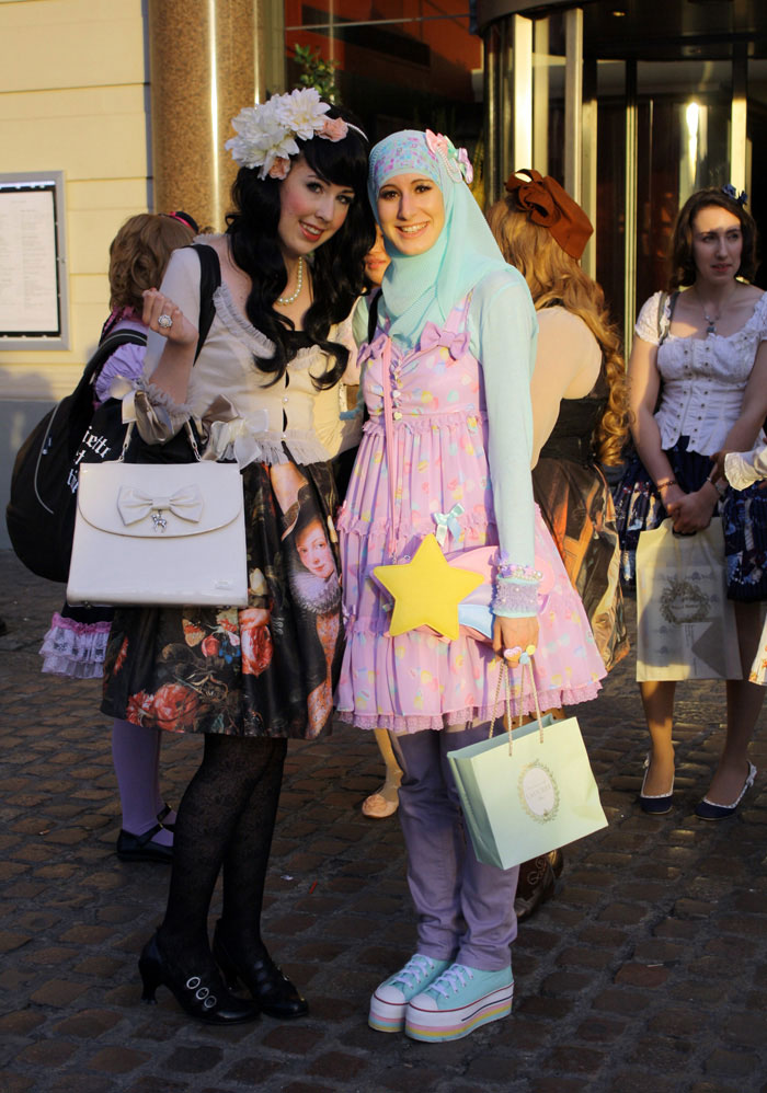 akibanation_muslim-lolita-hijab-japanese-fashion-anime-37