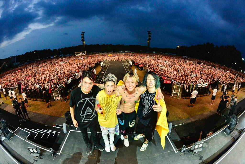 Album baru ONE OK ROCK Ambitions